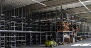 Hochregal 310x165 - Industriedemontage - Gründe und Vorteile
